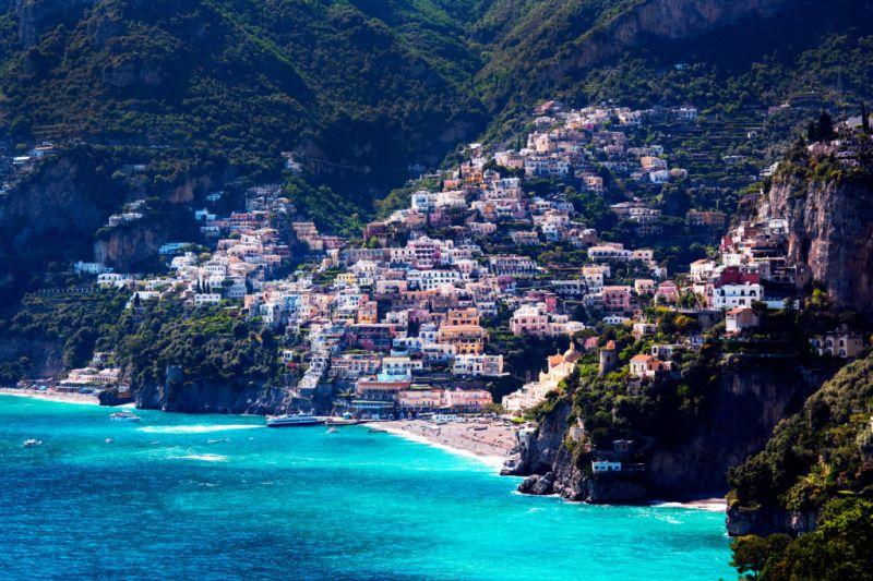 Los mejores road trips para unas vacaciones de verano inolvidables - roadtrip-amalfi