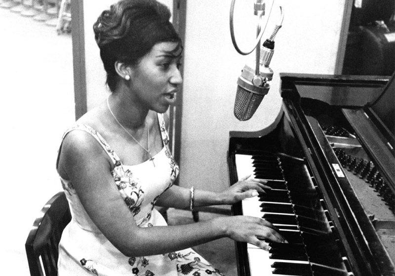 10 cosas que no sabías sobre Aretha Franklin - arethafranklin_piano