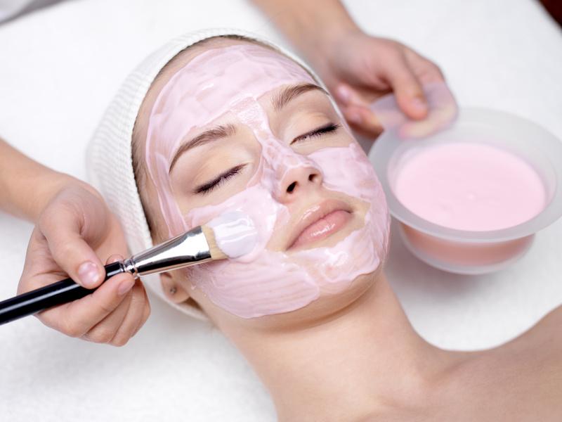 Tratamientos faciales que puedes hacer en casa