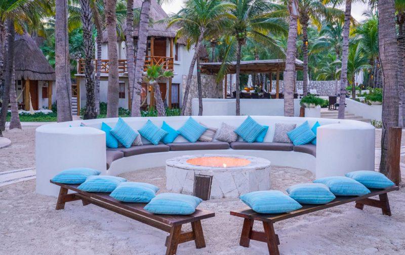 Mahekal Beach Resort, un paraíso en el Caribe mexicano - fogata-exterior-mahekal