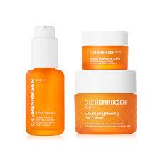 8 productos de belleza que necesitas para tener una piel saludable - foreo-lista-beauty-products-2