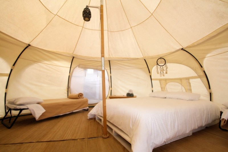 5 lugares para hacer glamping en México - camping-tendo-glamping