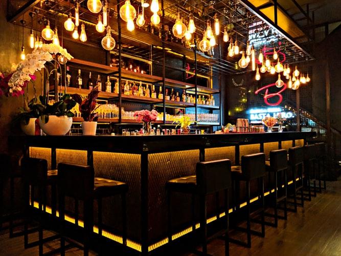 5 bares para disfrutar de una noche distinta