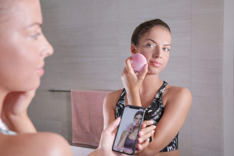 LUNA mini 3 de FOREO: todo lo que necesitas saber para enamorarte de este cepillo de limpieza facial - foreo-4