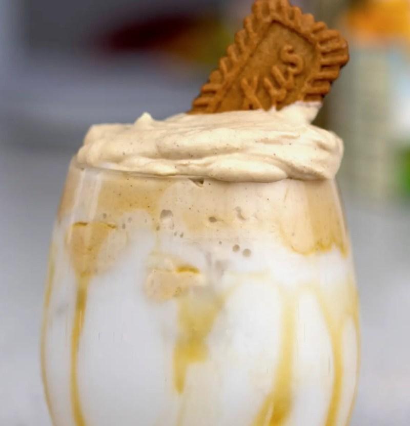 Divertidas y deliciosas alternativas para preparar Dalgona Coffee - mix-it-up-a-little-divertidas-y-deliciosas-alternativas-para-preparar-un-dalgona-coffee-receta-zoom-coronavirus-covid-instagram-foodies-insta-foodie-foto-online-turismo-cuarentena-tiktok-cereal-health
