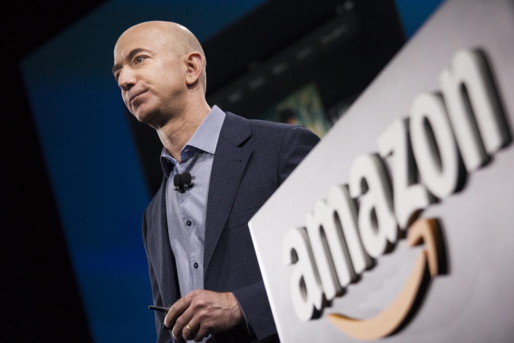 Jeff Bezos, el primer hombre en alcanzar una fortuna de 200 000 millones de dólares