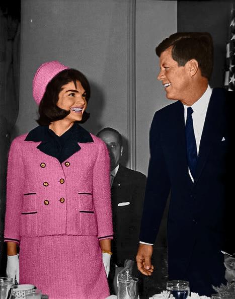 Los outfits más emblemáticos de Jackie Kennedy, ícono de moda - los-outfits-mas-emblematicos-de-jackie-kennedy-un-icono-de-moda-google-instagram-tiktok-google-online-coronavirus-vacuna-google-verano-covid-foto-moda-fashion-icon-9
