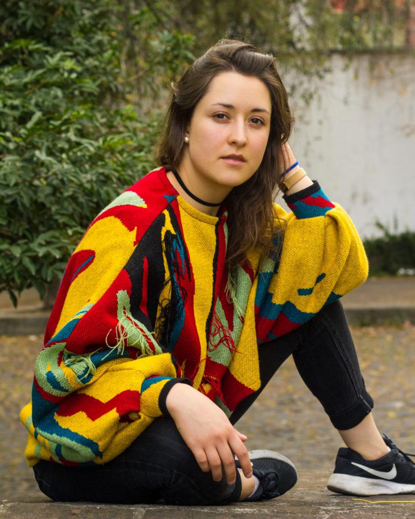 """""""Ni un paso atrás"""", el nuevo sencillo de Mer, activista y compositora mexicana que busca prestar su voz a quienes la han perdido"""