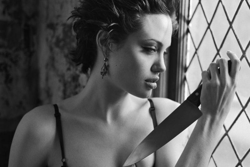 ¡Feliz cumpleaños Angelina Jolie! Fun facts de la diva más famosa de Hollywood - foto-11-feliz-cumpleanos-angelina-jolie-fun-facts-de-la-diva-mas-famosa-de-hollywood