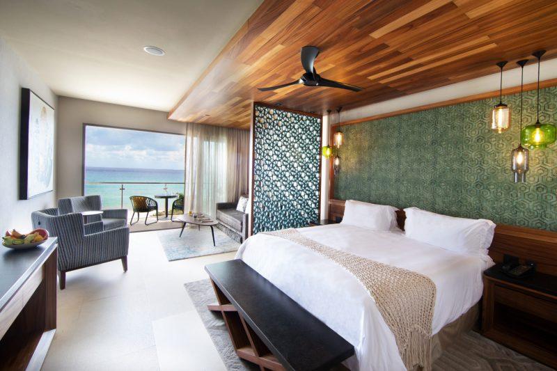 Palmaïa, The House of AïA: un lugar mágico para pasar tus vacaciones - ocean-front-king-suite-1