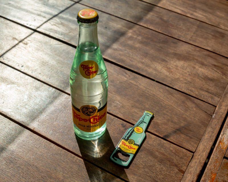 El sabor único y la experiencia de disfrutar una Topo Chico llega a HOTBOOK STUDIO - topochico-sm-29