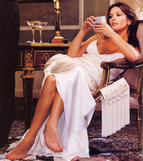 Catherine-Zeta-Jones-catherine-zeta-jones-83219_843_947