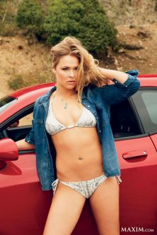np082613_ronda_rousey_article