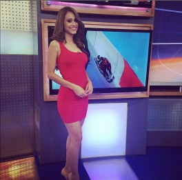 2AE0CB4A00000578-3175911-Yanet_Garc_a_presents_the_weather_on_Televisa_Monterrey_news_in_-a-2_1438008724259