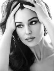 monica_bellucci_woman_madame_figaro_magazine_april_2014_issue_5