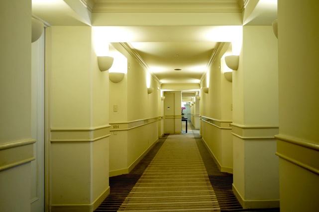 ザ・ナハテラス_客室階廊下