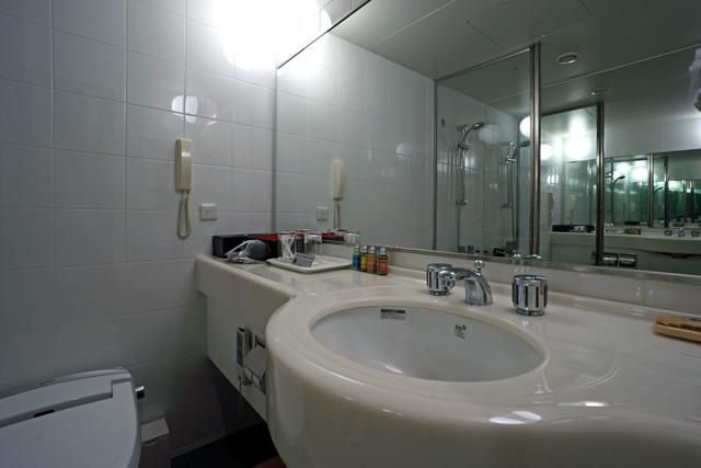 沖縄かゆりしナハ_バスルーム