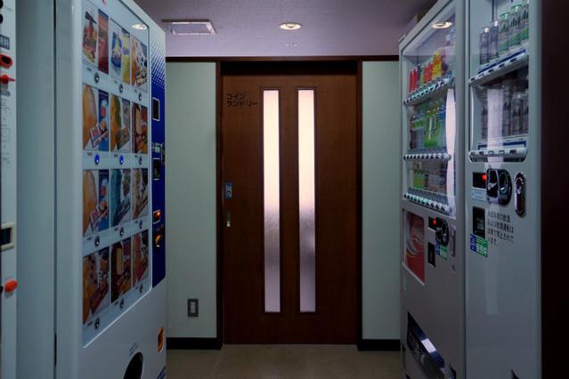 万平ホテル_アタゴ館自販機コーナー