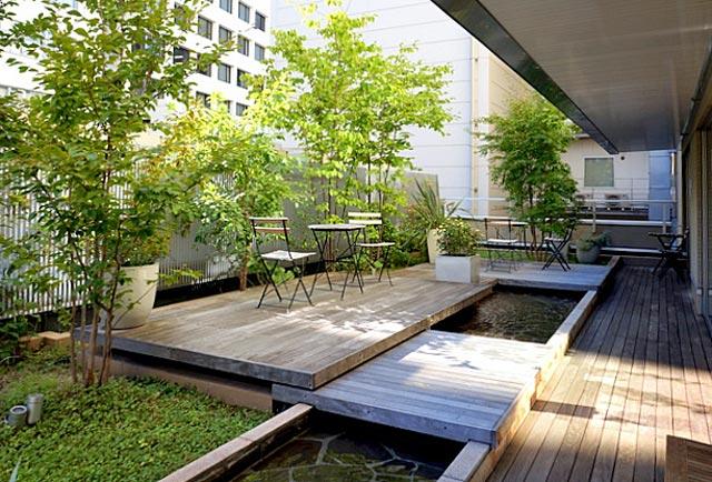 庭のホテル東京_テラス