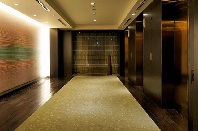 コンラッド東京_エレベーターホール