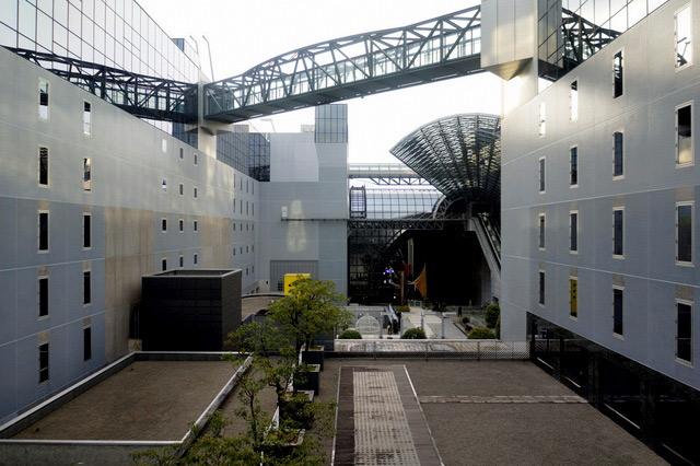 グランヴィア京都_廊下からの眺め