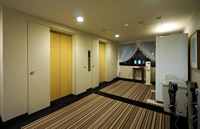 サンルート長野東口_エレベーターホール