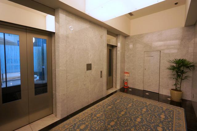 札幌プリンス_エレベーターホール