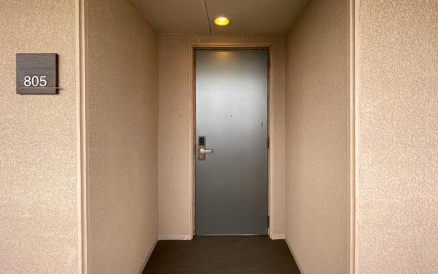 ムーンオーシャン宜野湾_客室ドア