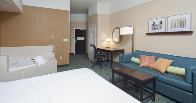 King suite with Whirlpool in SpringHill Suites by Marriott Grand Rapids Airport Southeast Hotel
