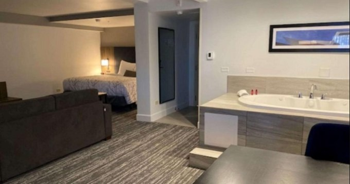 Hot Tub suite in Best Western Premier Denver East Hotel, CO
