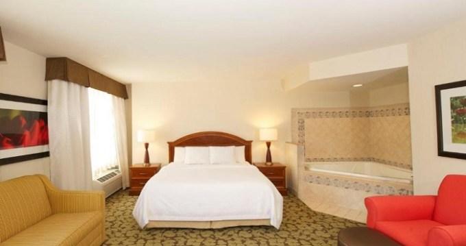 Hot tub suite in Hilton Garden Inn Virginia Beach Town Center
