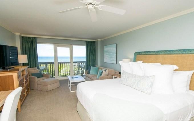 Beachfront suite in WaterColor Inn & Resort, Destin, FL