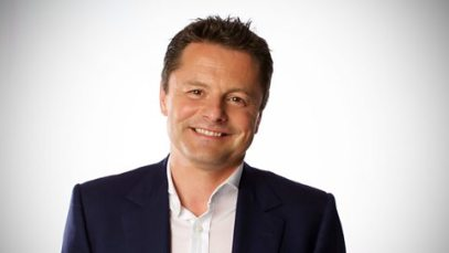 chris-hollins