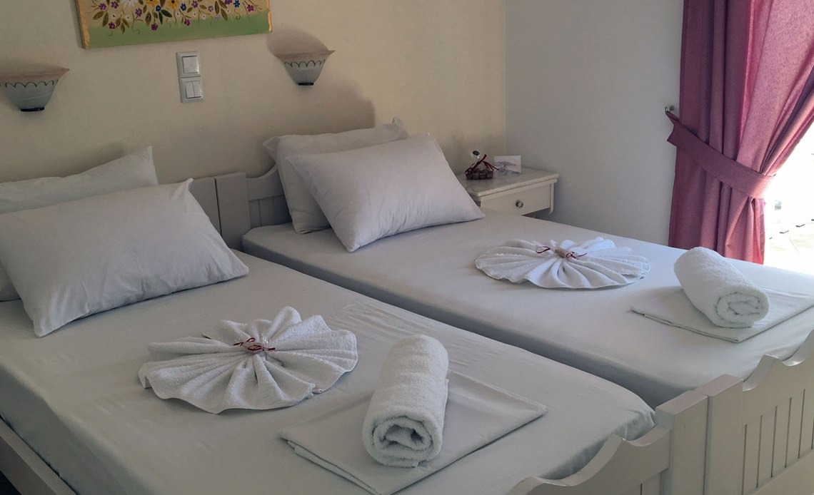 hotel chrisoula antiparos twin room