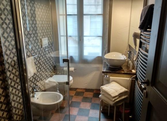 Bagno camera 2 hotel dal menga