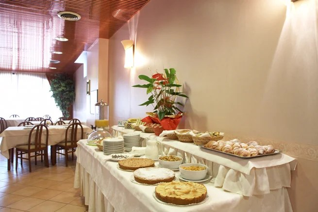 hotel-dropiluc-torino-breakfast-3