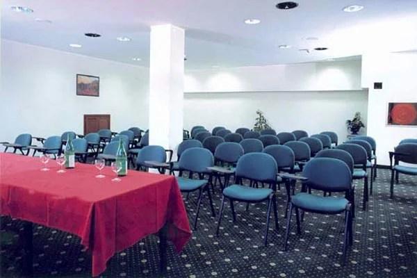 sala riunioni IN OFFERTA VICINO A TORINO