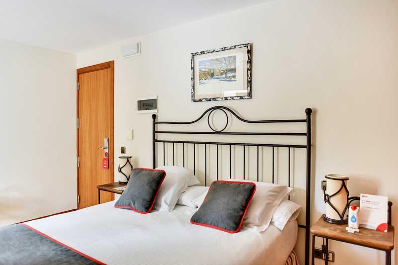 Habitación Doble en el hotel de montaña el corzo navacerrada madrid