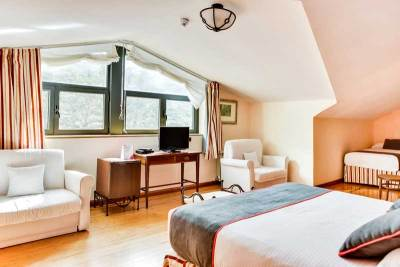Habitación Quíntuple del hotel de montaña el corzo