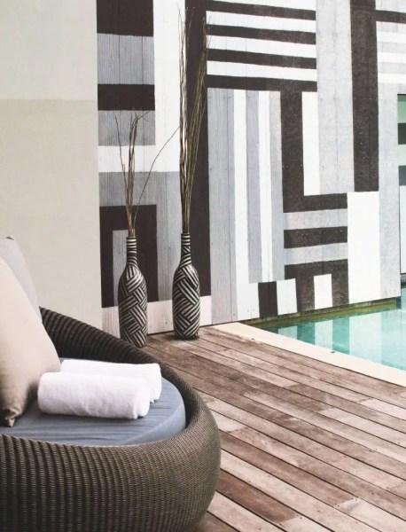 La Bensley Suite, 504 m2, piscine privée et solarium suspendu, est aussi équipée pour les soins spa sur mesure.