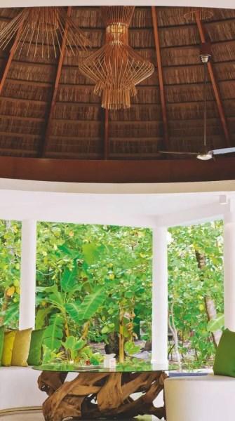 74-escales-en-iles-maldives-design-haute-mer_Page_4_Image_0001