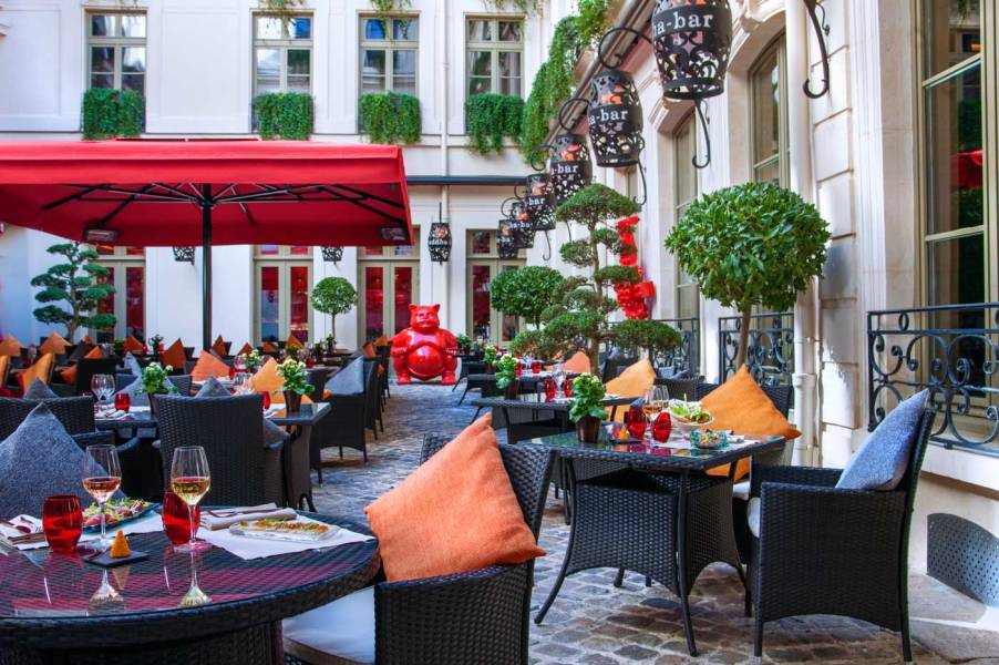 ®Christophe-Madamour-Terrasse---Buddha-Bar-Hotel-Paris-L