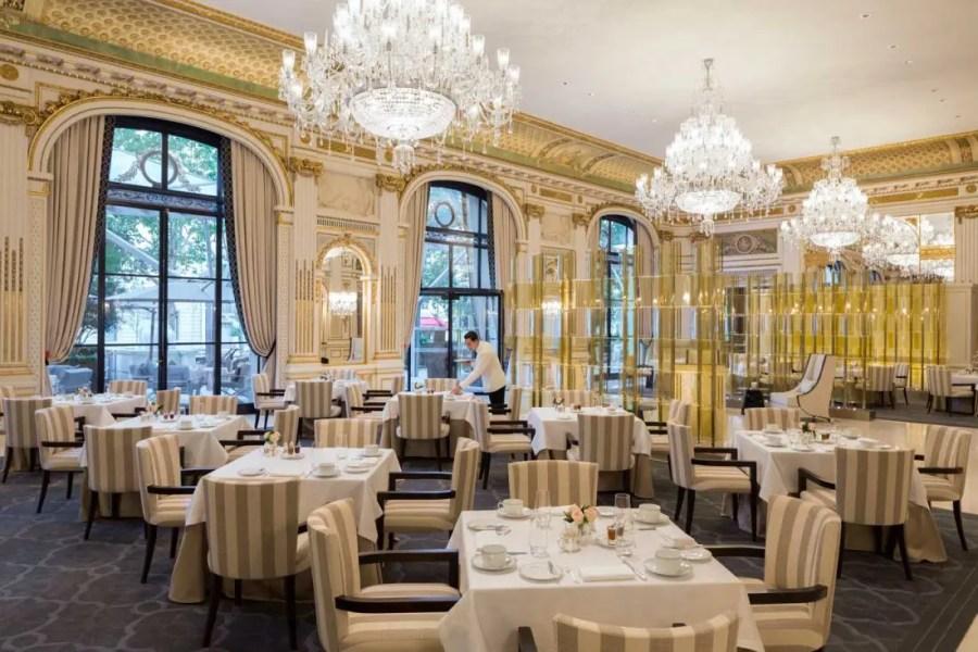 lobby-restaurant-2