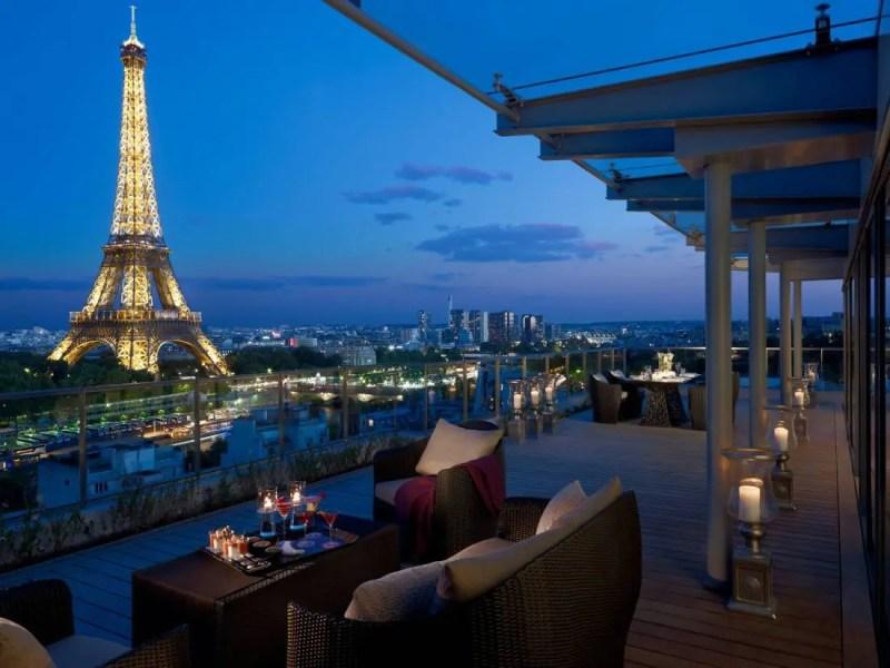 vue-suite-shangri-la-shangri-la-hotel-paris