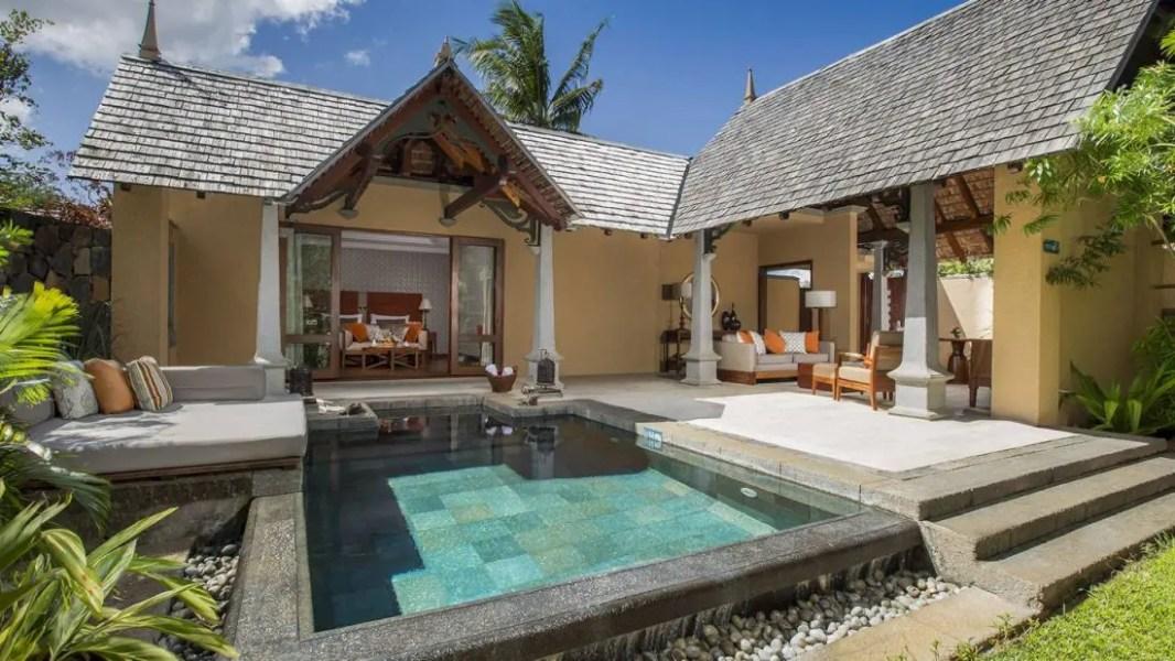 Hotel-Maradiva---Garden-Suite-Pool-Villa-(MD)