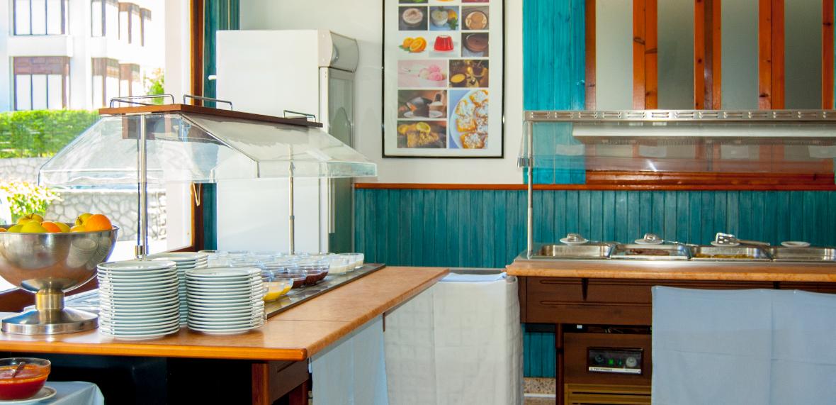 https://i2.wp.com/hotellaencinadenoja.com/wp-content/uploads/2016/03/restaurante-06.jpg?w=1200