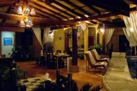 Hotel Villas Las Azucenas (1)