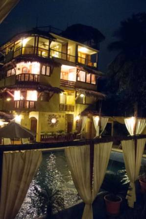Hotel Villas Las Azucenas (7)