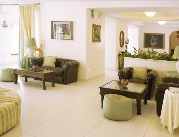 Arredo_Interno_Hotel_La_Scogliera (5)