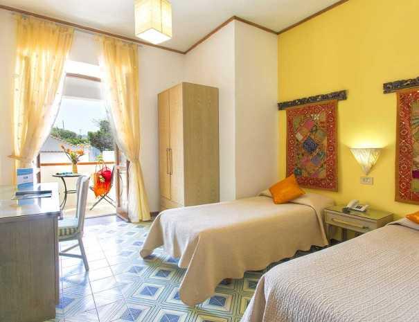 Camere_Hotel_La_Scogliera_Ischia (5)